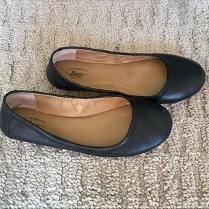 G.H. Bass & Co. 5.5M Black Lexi Ballet Flats